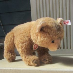 Alpaca Nodding Bear