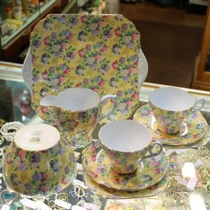 Shelley Teaset – 21 Pieces