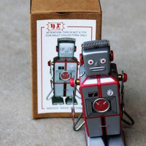 Tin Toy – Robot Silver