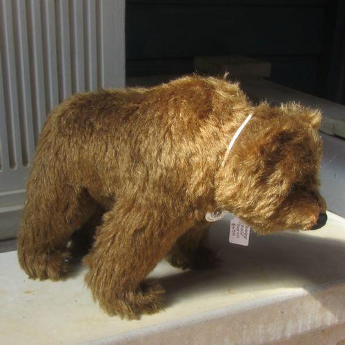 Morpeth Teddy Bears Steiff limited edition Hunter Valley Australia Shaggy Bear