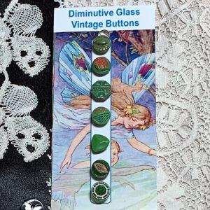 Diminutive Glass Buttons – Green
