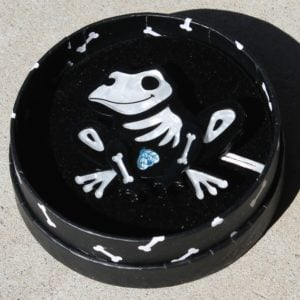 Erstwilder Brooch – Haunted Hopper (Frog)