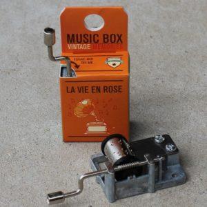 Music Box – La Vie En Rose
