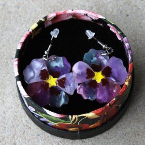 Erstwilder Earrings – Purple Prose (Pansy)