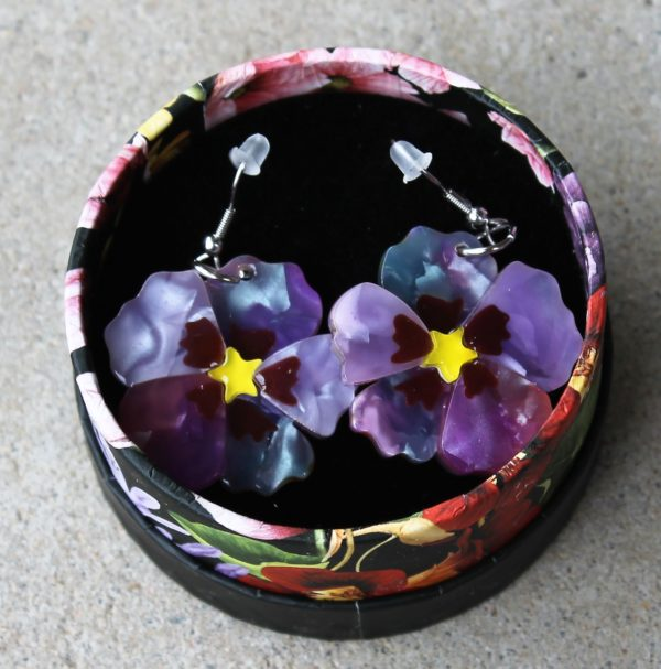 morpeth antique centre hunter valley erstwilder enamel pin doggo darkness earring brooch necklace a floral affair tea tree flower pansy purple prose retro pin up collectable