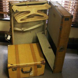 Vintage Suitcase Travel Trunk & Case