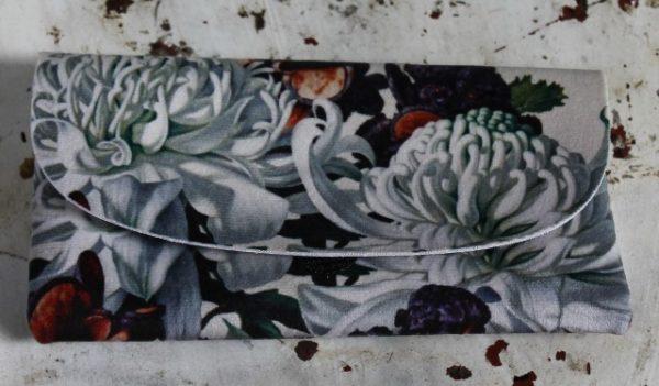 morpeth gift gallery hunter valley glasses case waratah banksia simon barlow australian native wild flowers