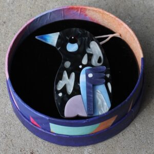 Erstwilder Brooch – The Magnanimous Magpie