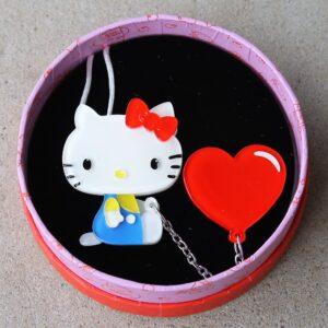 Erstwilder Brooch – Hello Kitty Balloon Heart