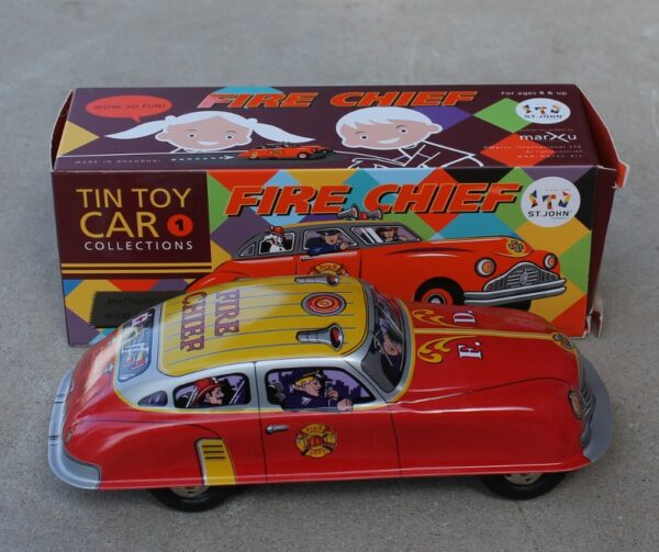 morpeth antique centre gift gallery hunter valley tin toy wind up key collectable new