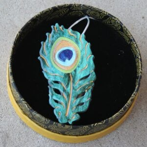 Erstwilder Brooch – The Royal Eye (Peacock Feather)