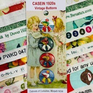 Casein Sailor Buttons, Vintage x 4 (code 077)