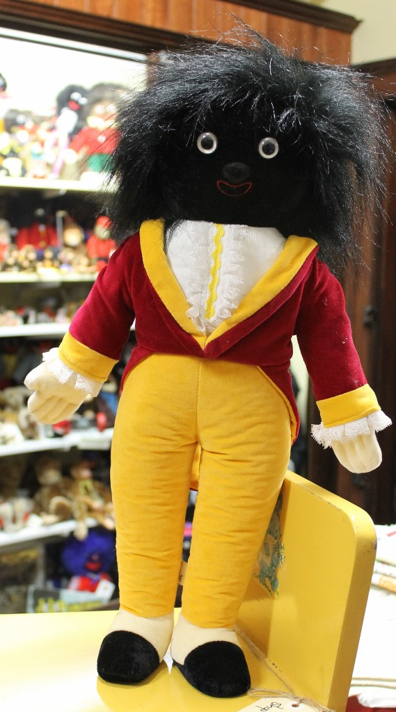 morpeth antique centre hunter valley golly golliwogg merrythought made in england united kingdom millenium year 2000 internal bell rattle