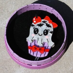 Erstwilder Brooch – With a Scary on Top