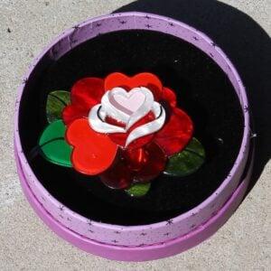 Erstwilder Brooch – Roses are Red