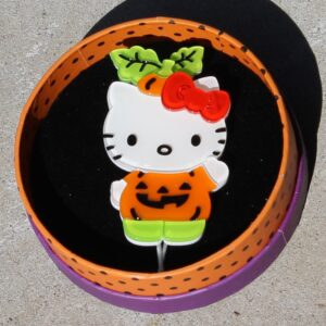 Erstwilder Brooch – Hello Kitty Always Growing