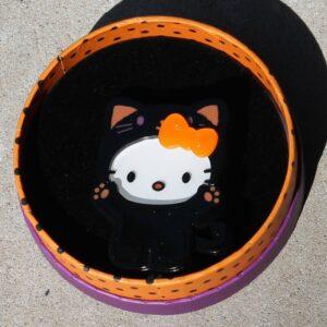 Erstwilder Brooch – Hello Kitty Hello-ween