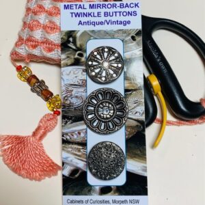 Metal Mirror-Back Twinkle Buttons, Vintage x 3 (code 091)