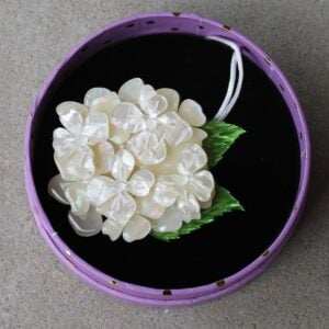 Erstwilder Brooch – Heartfelt Hydrangea (Pearly White)