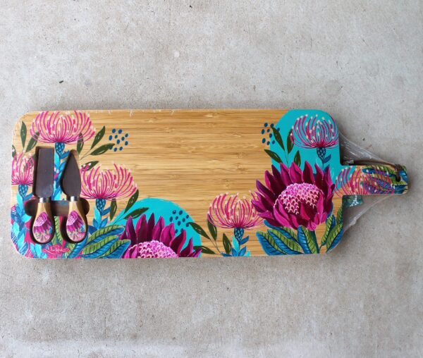 morpeth art gift gallery hunter valley region lisa pollock australian design bamboo round grazing board platter flora fauna bird wildlife native eucalypt waratah pin cushion protea flowers