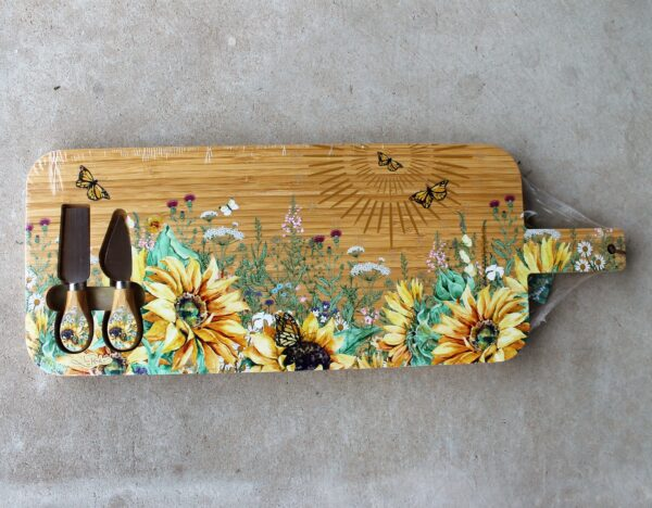 morpeth art gift gallery hunter valley region lisa pollock australian design bamboo round grazing board platter flora fauna bird wildlife native eucalypt sunflowers cheese